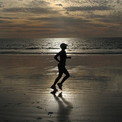 excercise-beach-run 7 benefits of exercise